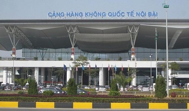Năm 2018 sân bay Nội Bài đã xuất hiện tình trạng quá tải; một số công trình (đường cất hạ cánh, đường lăn, sân đỗ) đã xuất hiện hư hỏng, xuống cấp.