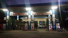 Cửa hàng xăng dầu tư nhân