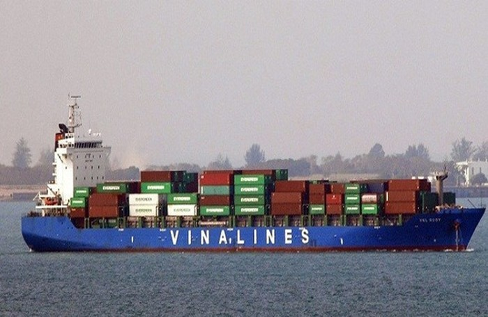Vinalines muốn bán 22% vốn tại Vitranschart