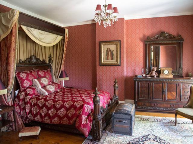 Phòng ngủ được đặt trên tầng.