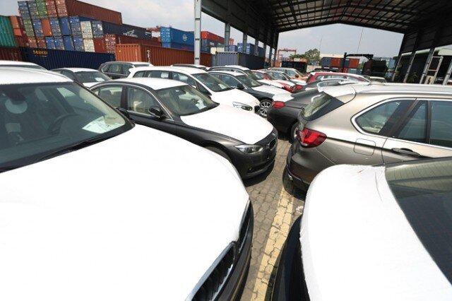 Việt Nam chi hơn 4 tỷ USD nhập ô tô nguyên chiếc và linh kiện xe hơi