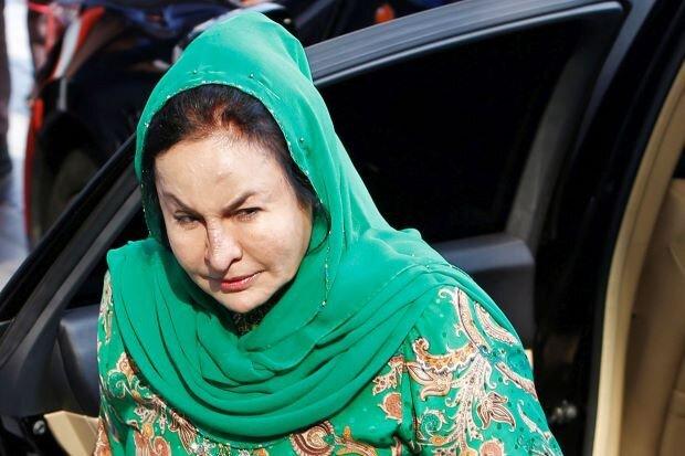 Vợ cựu Thủ tướng Malaysia bị buộc tội nhận 45 triệu USD hối lộ