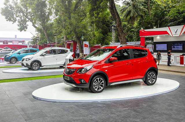 VinFast đã làm được một điều không tưởng khi công bố giá bán, giá khuyến mại cho những mẫu xe chưa đi vào sản xuất, thậm chí mới chỉ là xe ý tưởng (concept).