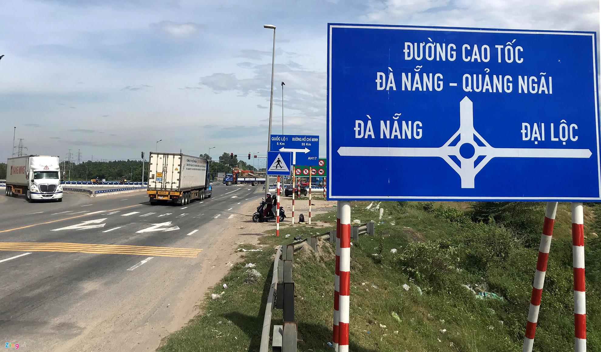 Bộ GTVT: Cao tốc Đà Nẵng - Quảng Ngãi chỉ hỏng 70m2