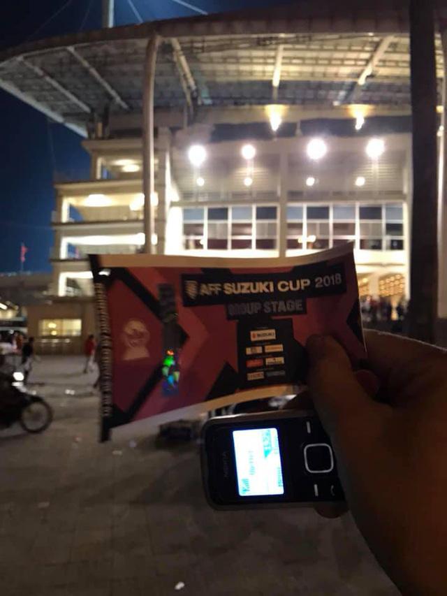 Hình ảnh vé giả hiếm hoi mà anh Tấn còn lưu giữ trong trận đấu mà đội tuyển Việt Nam gặp đội tuyển Malaysia