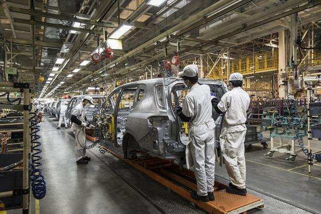 Nhóm Công tác về ô tô xe máy của VPF khẳng định: Xe lắp ráp, sản xuất trong nước khó có thể cạnh tranh được với xe nhập khẩu từ ASEAN.