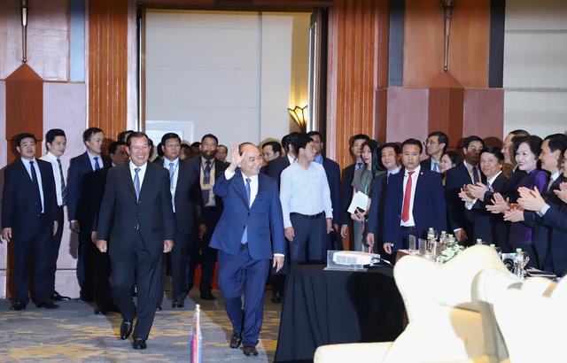 Thủ tướng muốn tập đoàn lớn của Việt Nam đầu tư tiên phong tại Campuchia