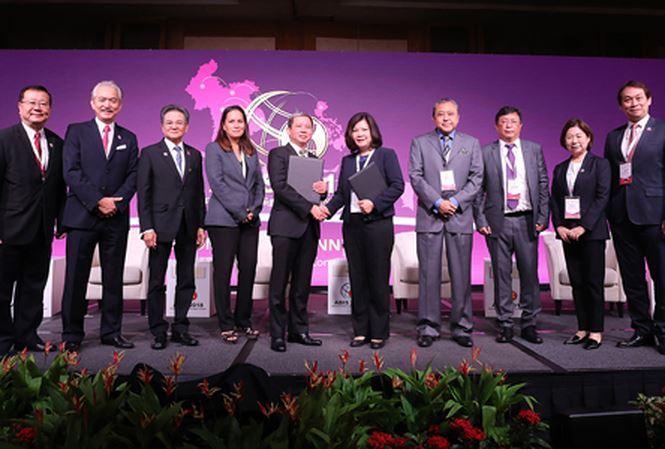 T&T Group ký kết hợp tác với YCH Group (Singapore) triển khai dự án tại VN