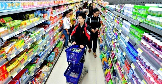 Niềm tin người tiêu dùng Việt lên cao nhất thập kỷ
