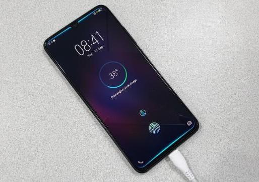 Những xu hướng nổi bật trên thị trường smartphone năm 2018 - Ảnh 7.