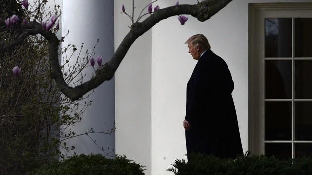 Tổng thống Trump: Tôi cô đơn trong Nhà Trắng
