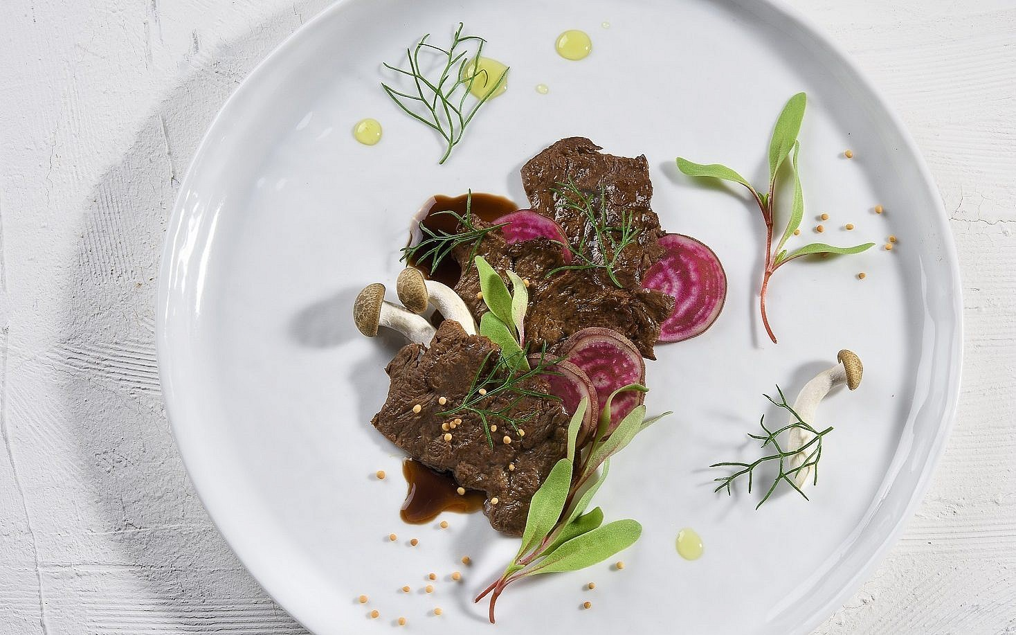 Một start-up tuyên bố làm được thịt bò nhân tạo giá 1,2 triệu đồng/miếng