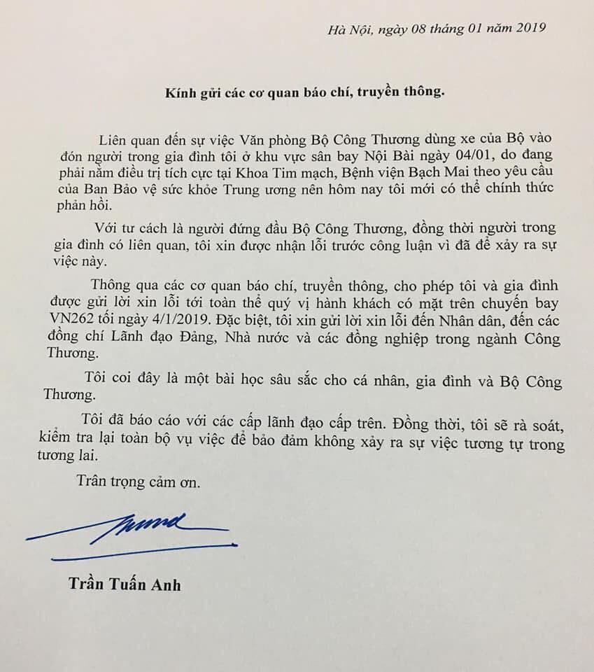 Bộ trưởng Trần Tuấn Anh xin lỗi vụ lấy xe công đi đón người nhà ở sân bay