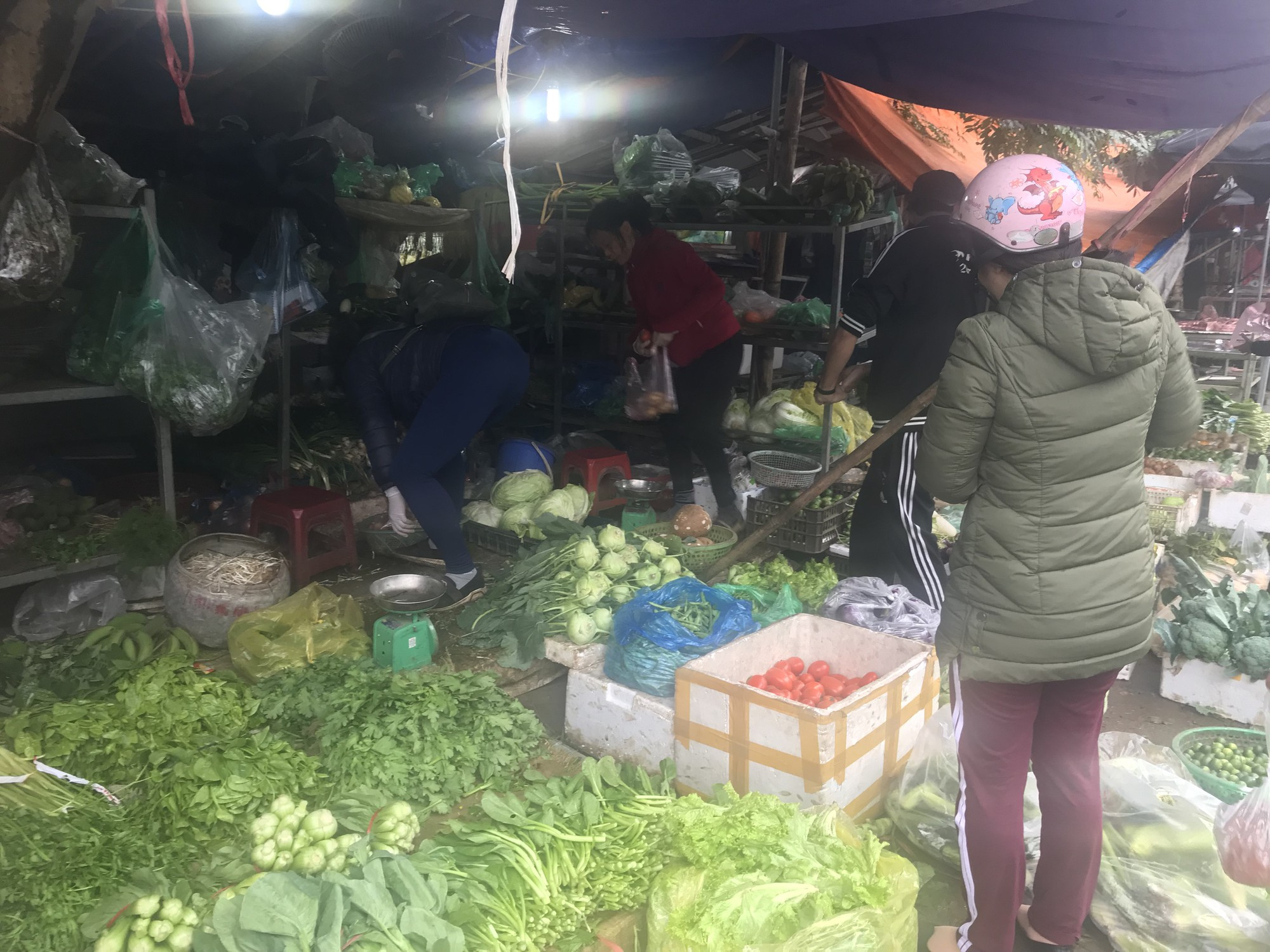 Chưa rét đậm rét hại, giá rau củ đã tăng gấp đôi - Ảnh 3.