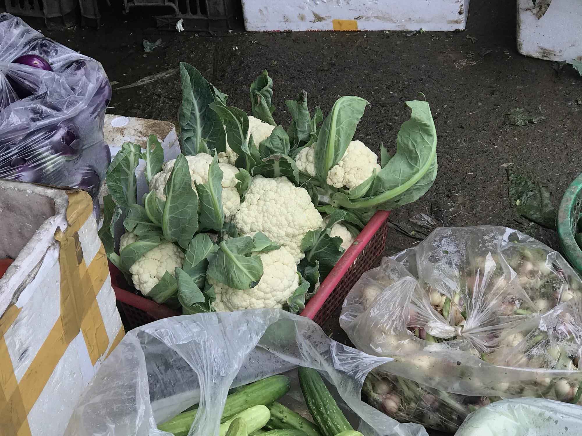 Chưa rét đậm rét hại, giá rau củ đã tăng gấp đôi - Ảnh 4.