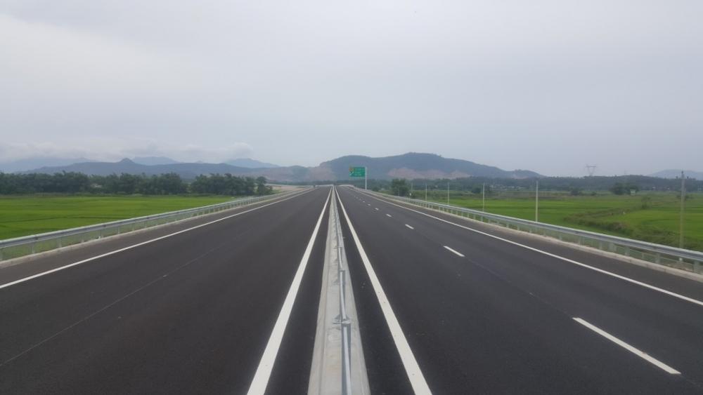 Chính phủ yêu cầu lên kế hoạch xây đường cao tốc Hòa Bình - Mộc Châu