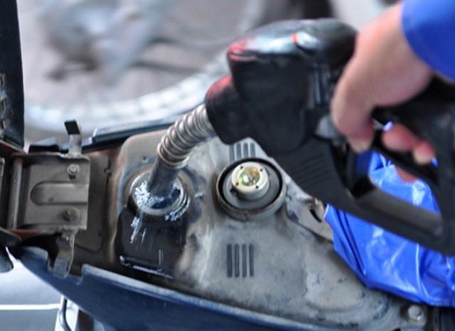 Giá xăng dầu sẽ có phiên tăng giá đầu tiên của năm 2019?