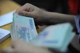 Bơm 47.500 tỷ đồng ra thị trường, lãi suất VND có giảm?