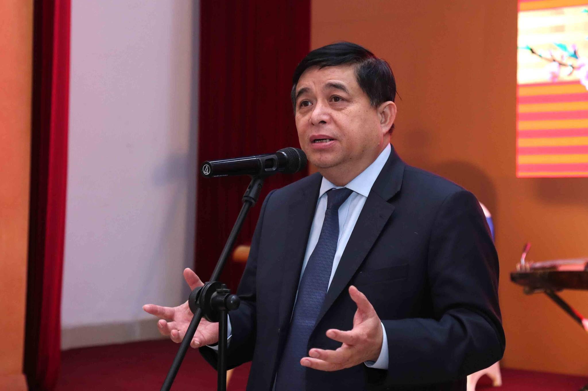 Bộ trưởng Nguyễn Chí Dũng: Thế giới không đợi chúng ta đi cùng, đi theo