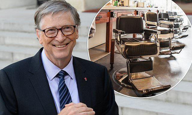 Gây sốc vụ đi mua khoai tây chiên, tỷ phú Bill Gates lại gây chú ý khi cắt tóc vẫn xếp hàng - 1