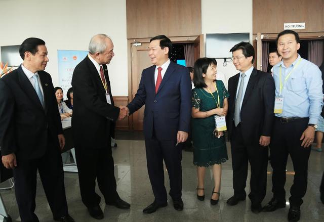 Chính phủ lắng nghe ý kiến để hoàn thiện thể chế, chính sách trong thu hút FDI - 2