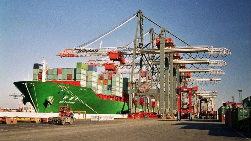 Số liệu thương mại của Trung Quốc tốt vượt dự kiến