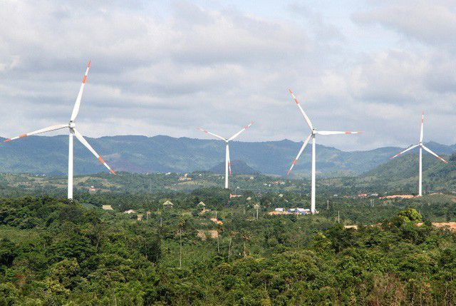Đầu tư hơn 5.200 tỷ đồng xây dựng các dự án điện gió