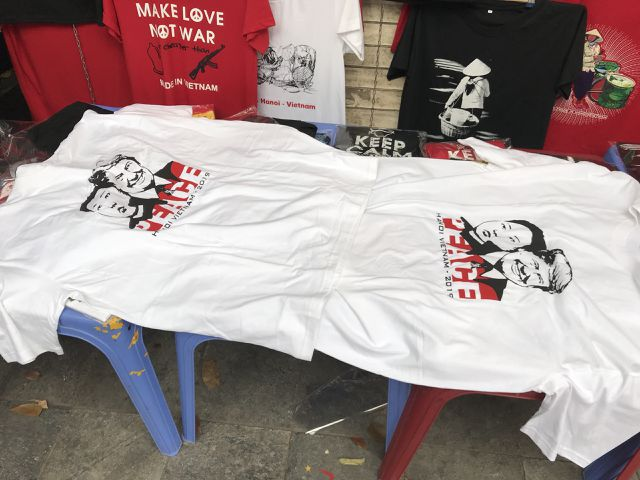 Một phút nghĩ ra ý tưởng, ngày bán 400 áo Tổng thống Trump và Chủ tịch Kim - 3