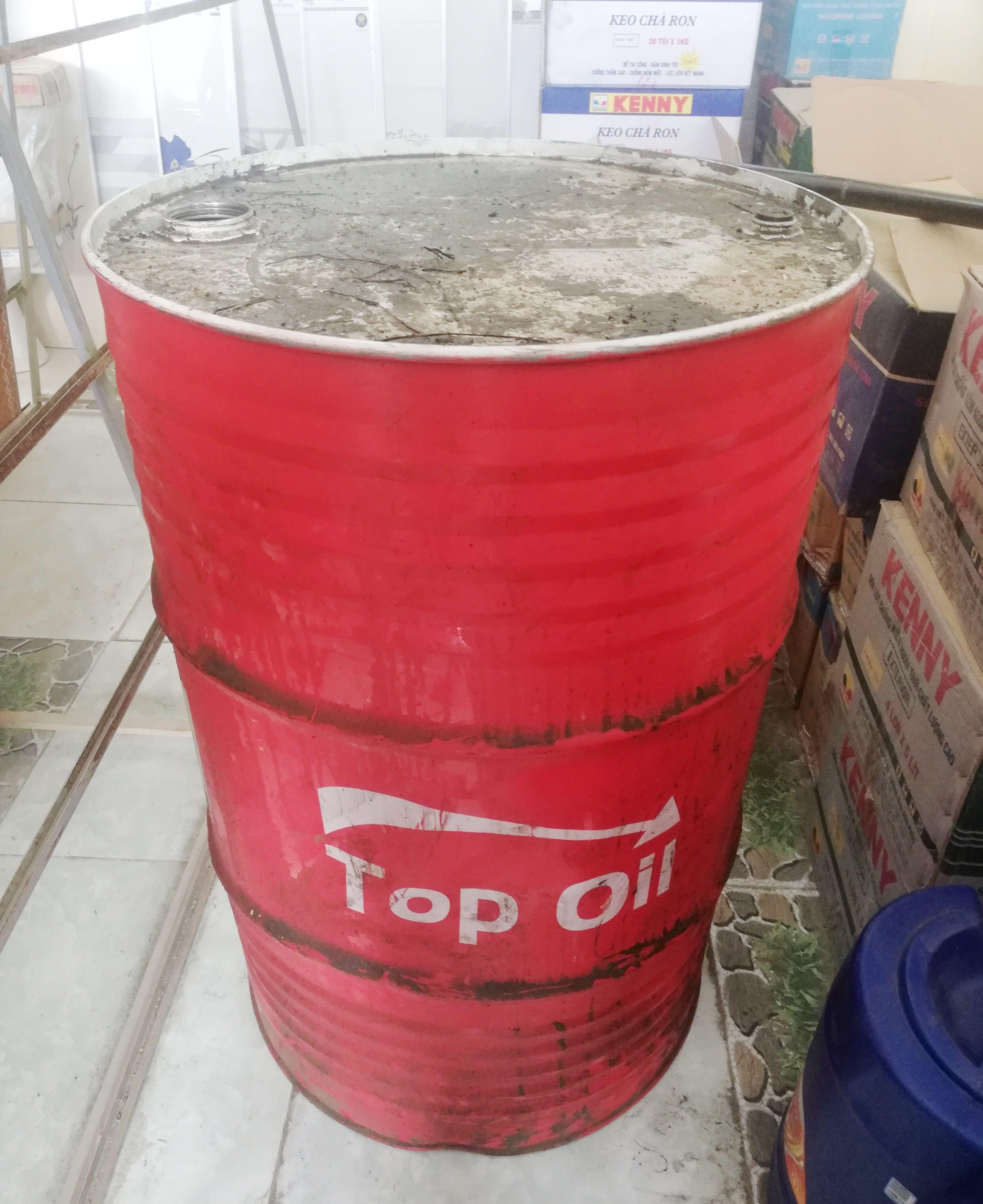 """Bạc Liêu: Nghi vấn nhớt Top Oil có màu """"lạ"""" khác thường"""