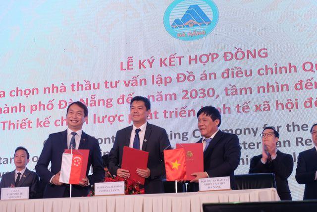 """""""Vua hàng hiệu"""" Jonathan Hạnh Nguyễn, đại gia Dũng """"lò vôi"""" nhắm đầu tư vào Đà Nẵng - 1"""