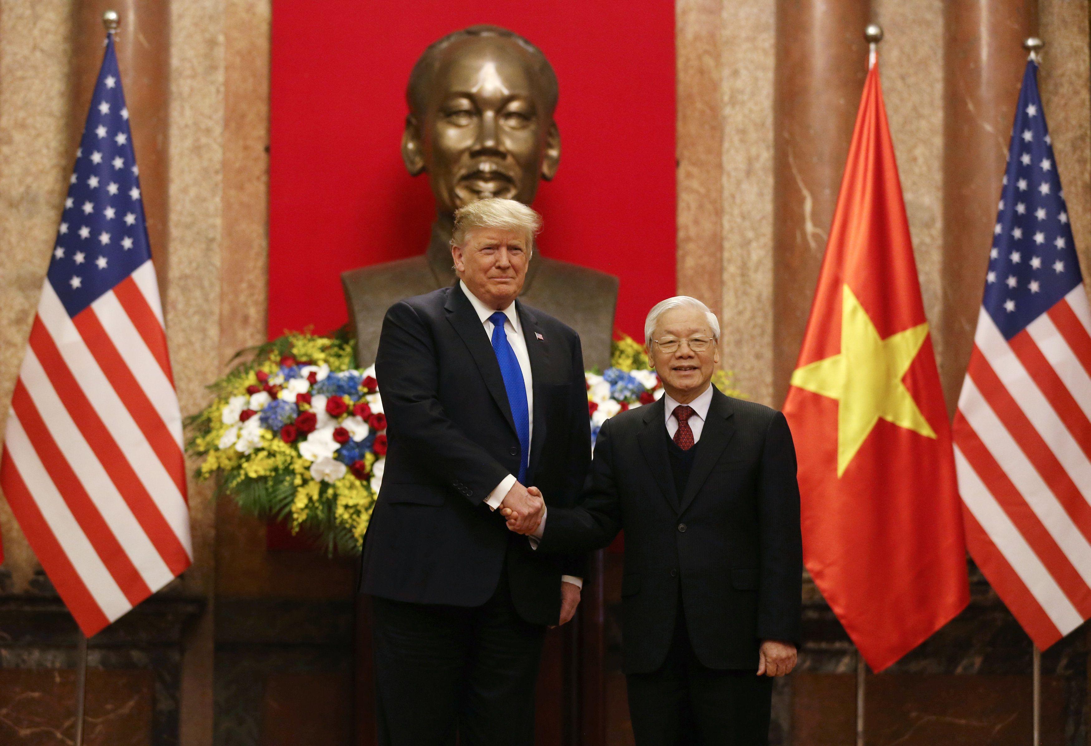 Nhà Trắng đăng ảnh chuyến thăm của ông Trump, ca ngợi quan hệ thương mại với Việt Nam