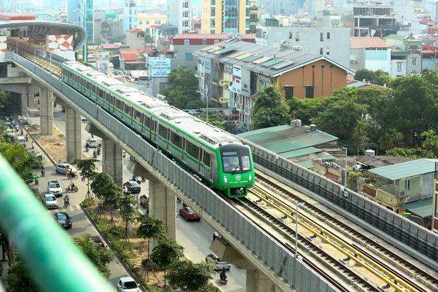 Vì sao cần tới gần 700 người vận hành 13 km đường sắt Cát Linh - Hà Đông? - 1