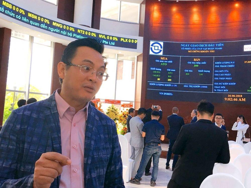 """Cổ phiếu bị bán tháo, đại gia Nhượng Tống tung """"tiền tỷ"""" ứng cứu"""