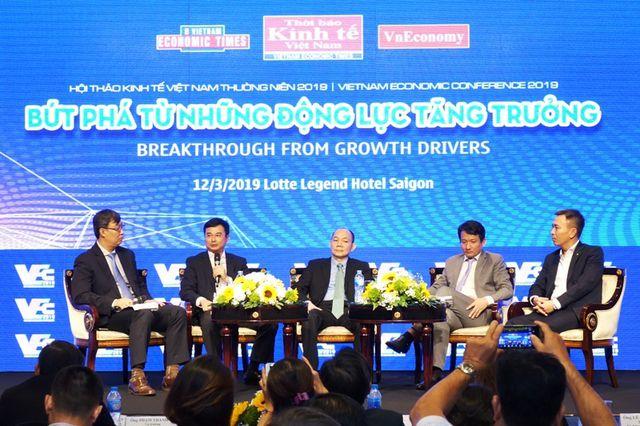 """Tín dụng """"đen"""" là thách thức của thị trường tài chính Việt Nam - 3"""