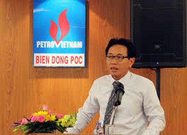 Tổng giám đốc Tập đoàn Dầu khí Việt Nam bất ngờ xin từ chức  - 1