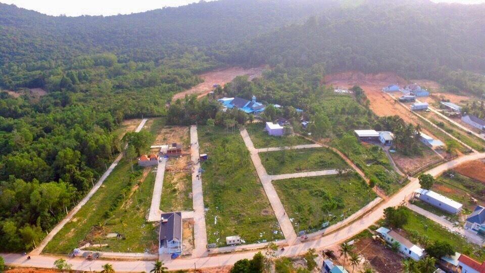 Đất đai Phú Quốc thế nào khi lệnh tạm ngưng tách thửa chưa được dỡ bỏ?