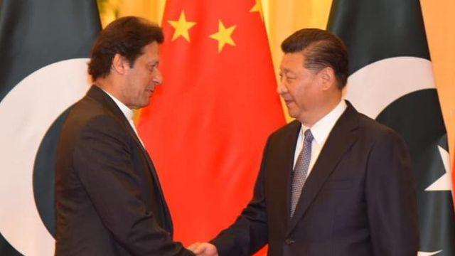 Thủ tướng Pakistan Imran Khan gặp Chủ tịch Trung Quốc Tập Cận Bình. (Nguồn: Twitter / @ PTIofficial)