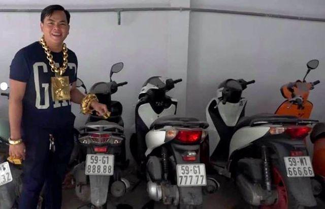 Đeo biển ngũ quý 8, chiếc xe máy bình dân lên đời với giá 200 triệu đồng - 2