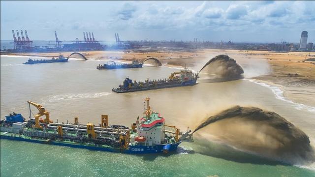 Sri Lanka tiếp tục vay Trung Quốc 989 triệu USD sau khi gán cảng trừ nợ - 1