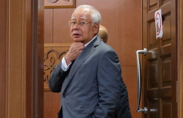 Cựu thủ tướng Malaysia chối cãi vụ chưa nộp thuế 368 triệu USD - 1