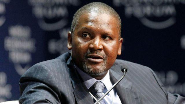 Tỷ phú châu Phi rút 10 triệu USD tiền mặt chỉ để ngắm - 1