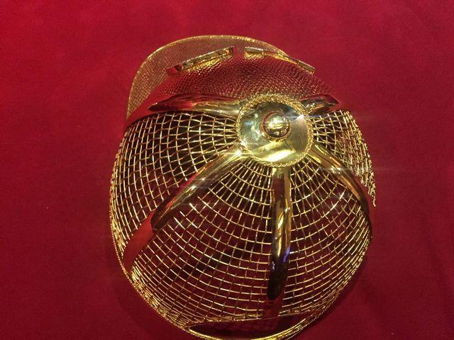 Mục sở thị chiếc nón vàng gần 1,85 tỷ đồng của đại gia Sài Gòn - 4