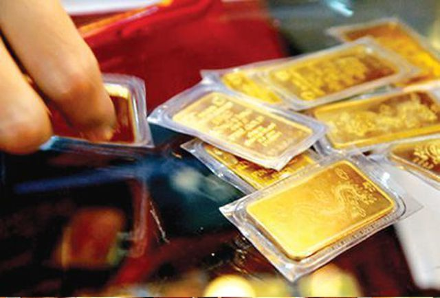 USD phục hồi mạnh, giá vàng lao dốc không phanh