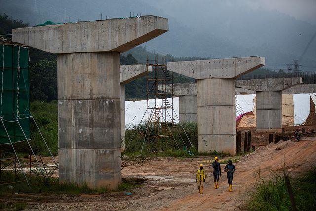 Ép Trung Quốc giảm 1/3 giá, Malaysia mới đồng ý làm đường sắt tỷ USD - 1