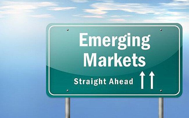 """Tâm lý giới đầu tư chứng khoán """"phấn chấn"""" với triển vọng nâng hạng từ FTSE và MSCI"""