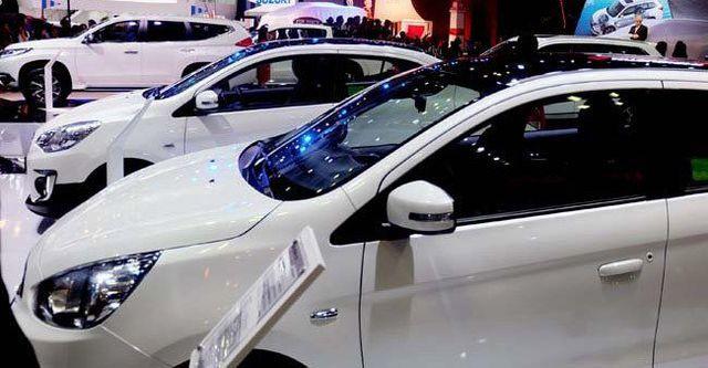 Ô tô đổ về nhiều, xe dưới 700 triệu đồng loạt giảm giá - 2