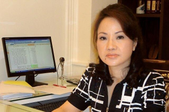Người giàu nhất Việt Nam mất 13 nghìn tỷ đồng; 4 người còn lại nhận lương bao nhiêu?