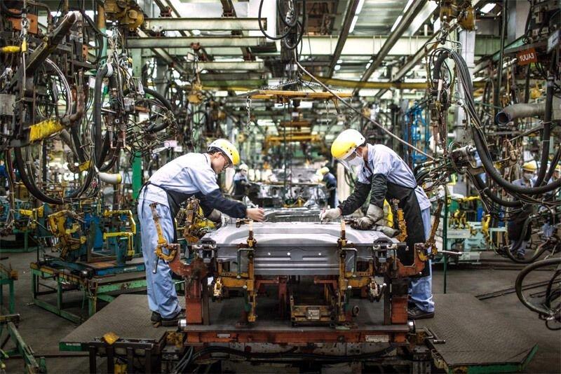Hàng loạt ưu đãi lớn: Chờ thời điểm ô tô giảm giá sâu