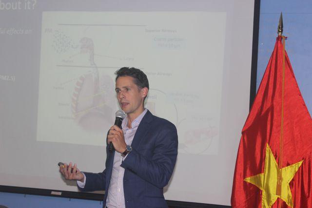 Giải pháp cấm xe máy tại Việt Nam dưới góc nhìn của chuyên gia Mỹ - 1