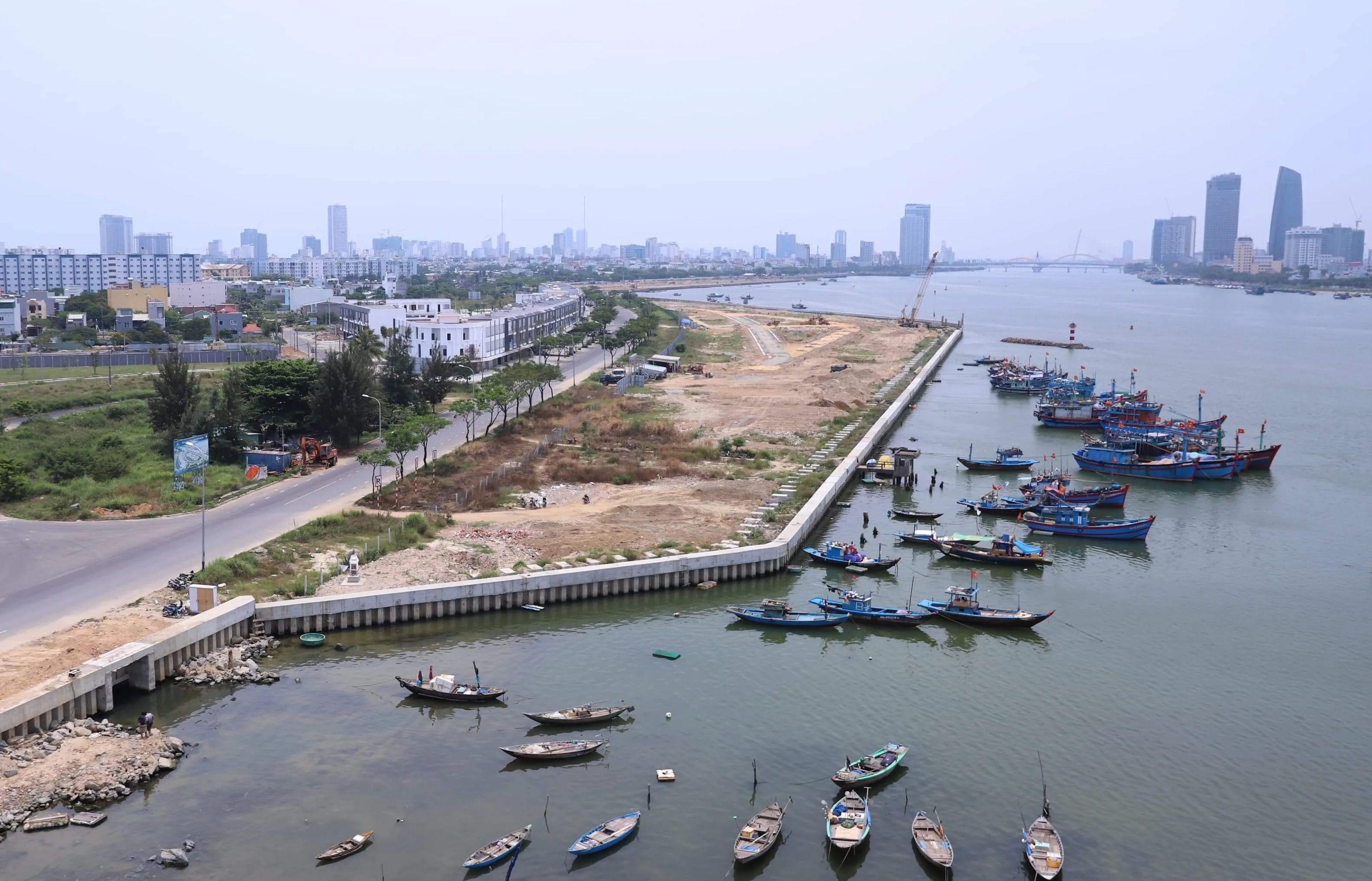 Thủ tướng yêu cầu Đà Nẵng kiểm tra việc lấn sông Hàn làm dự án